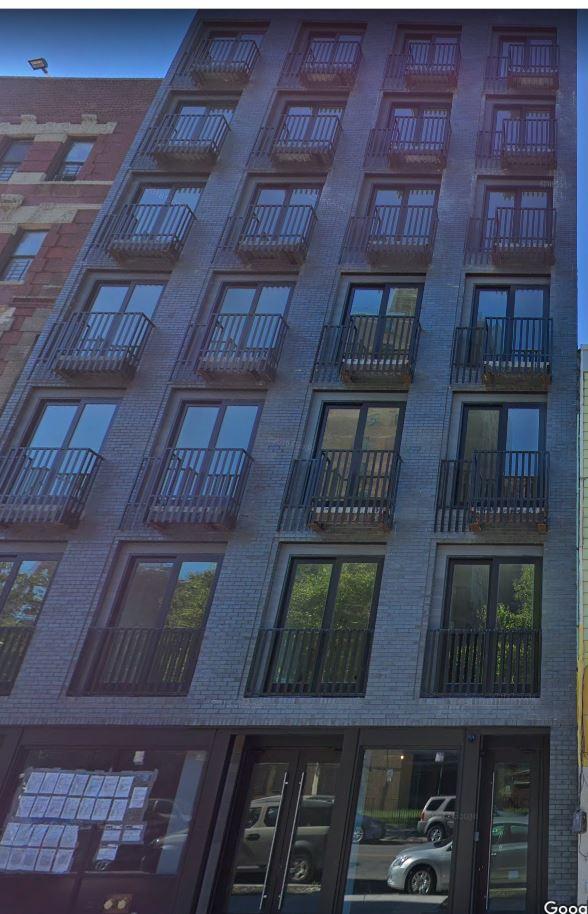 924 Myrtle Avenue, Brooklyn, NY 11206