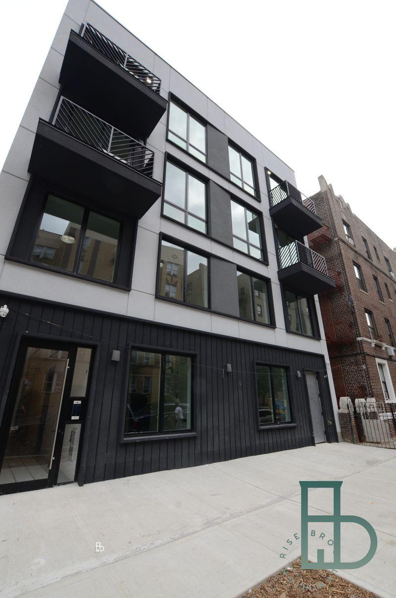 481 East 21st Street Apartments